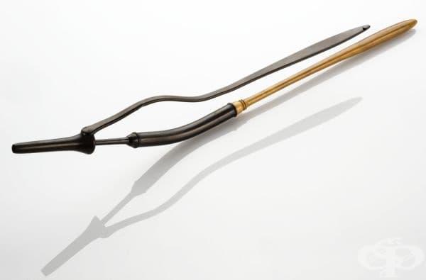 Старинна хирургическа маточна канюла