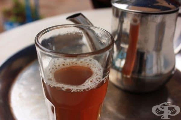 Мавритания - Мавританският чай се пие от три чаша - от една без захар - до друга много сладка.