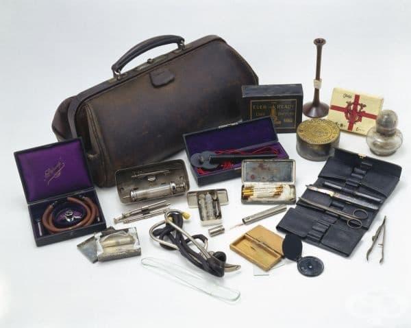 Медицинска чанта от 1890 година