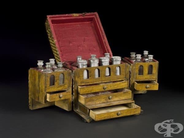 Медицинско ковчеже от 17-ти век