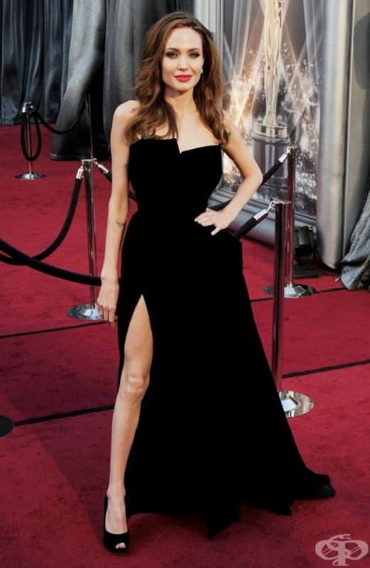 Анджелина Джоли, церемония по връчването на наградите Оскар