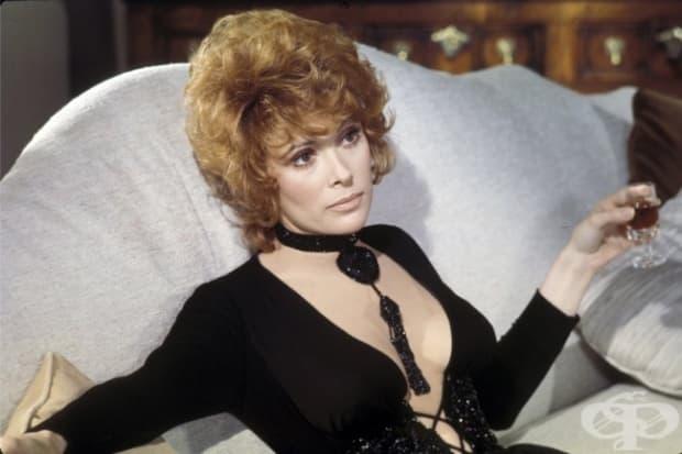 1970 – Джил Сейнт Джон като Тифани Кейз