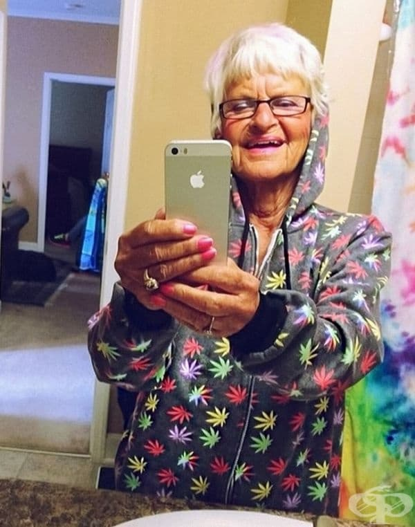 Моята баба обича Apple.