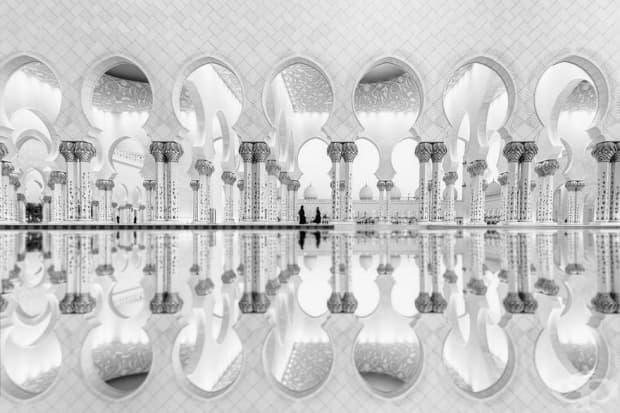 Женко отражение, ОАЕ (2-ро място в категория: архитектура)