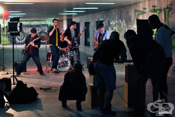 """Заснемане на музикален клип към авторската песен на """"ПОдЛЕЗНО"""" - """"Някой ми каза""""."""