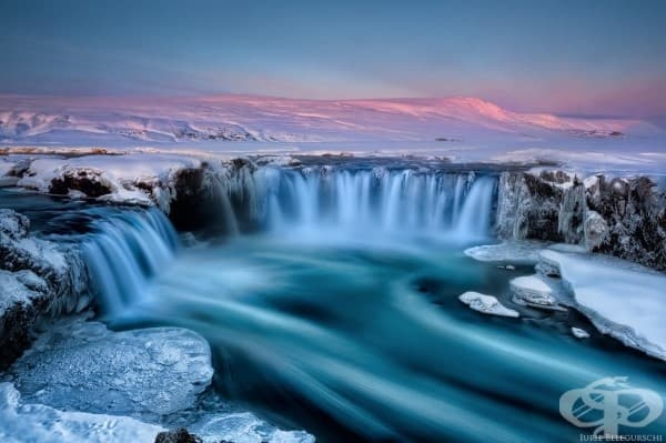 Водопадът Годафос, Исландия