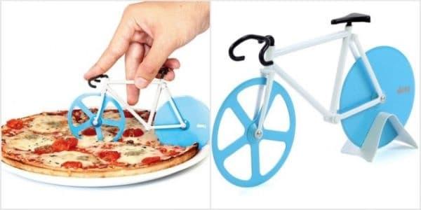 Нож за рязане на пица с две остриета.