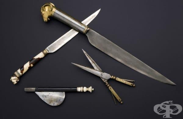 Хирургически скалпел от 1701 година