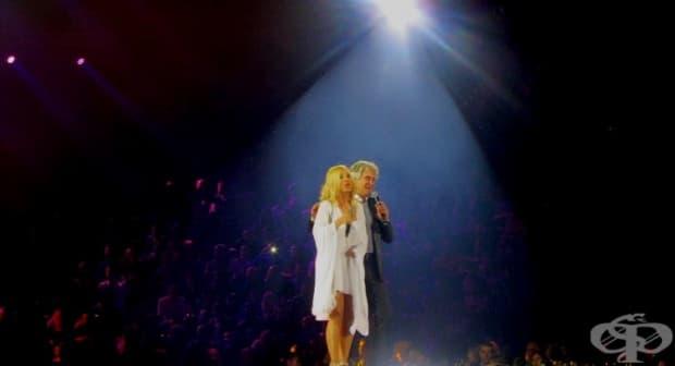 Орлин Горанов и Кристина Димитрова пеят Детски спомен.
