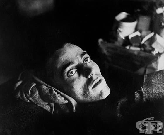 Изчерпване: Американски войник, който е спасен от германски военен затвор от съюзническите сили.