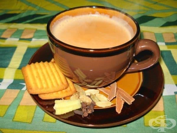 Пакистан - Масала чай се приготвя от подправки и краве масло.