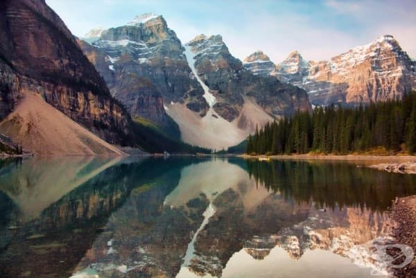 Езерото Морейн, Канадските Скалисти планини, Канада