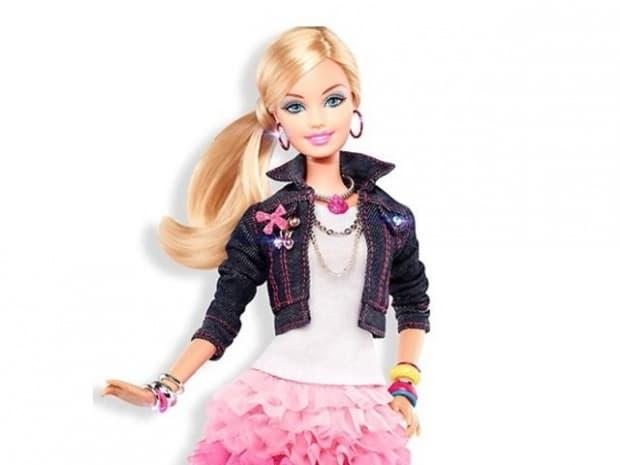 Куклата Барби