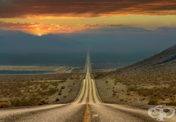 Пътят през долината на смъртта, САЩ.