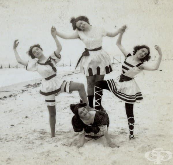 Спортна пирамида на морския бряг