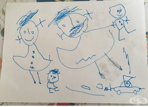 Тригодишно дете рисува семеен портрет.