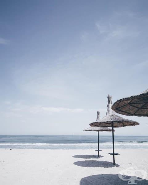 Гърция? Не, Черноморски плаж в Румъния.