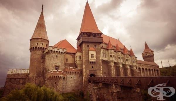 Замък в Германия? Не, румънският замък Корвин.