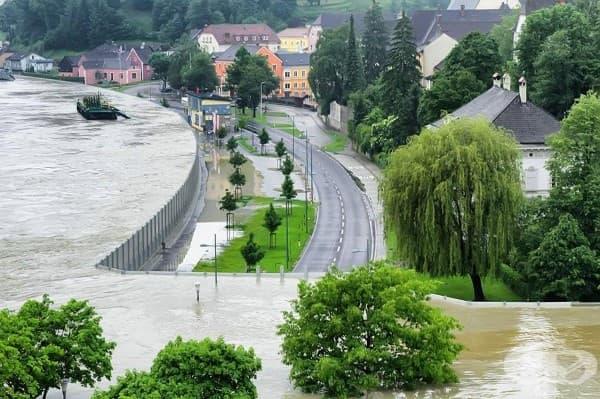 Спасителна система при високо ниво на водите в Словакия близо до австрийската граница