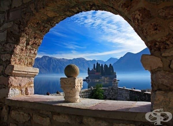 Св. Богородицата на скалата, Черна гора