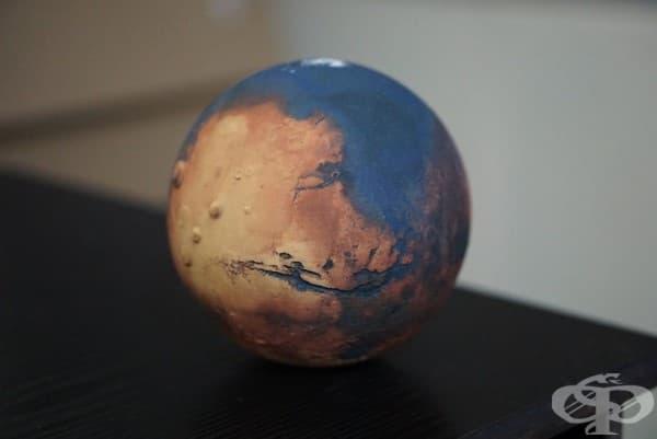 Глобус на Марс с океани