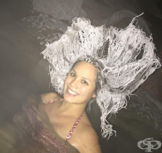 """""""Косата на жена ми след 15 минути при - 29 ° C, докато стои в горещи термални  извори."""""""
