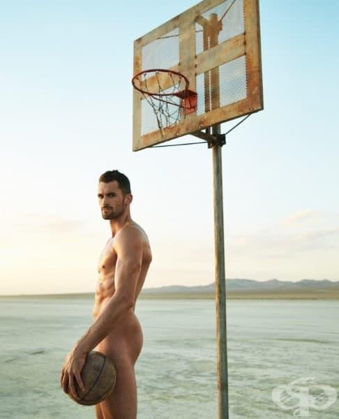 22 спортисти, които изглеждат зашеметяващо без дрехи