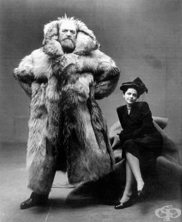 Арктичният изследовател Петер Фройхен със своята съпруга, 1947 г.