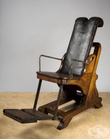 Зъболекарски стол, ползван в периода 1701г.-1800г.