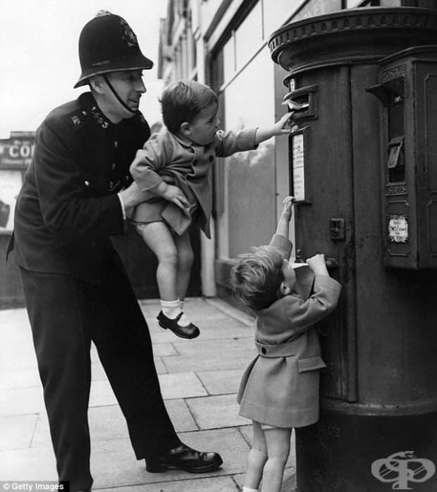 Детските игри на улицата, Англия, средата на 20 век