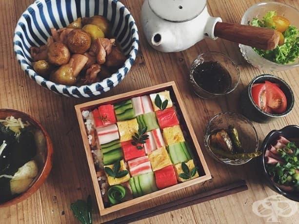 """Японският тренд, """"Суши мозайка"""", превръща обяда в произведения на изкуството"""