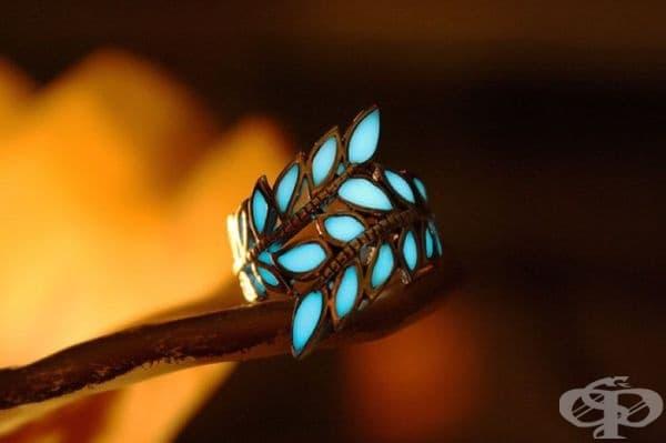Светещи в тъмното бижута, които ще ви накарат да се почувствате вълшебно