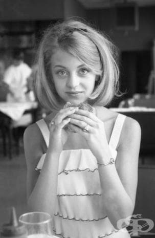 Голди Хоун, 1964