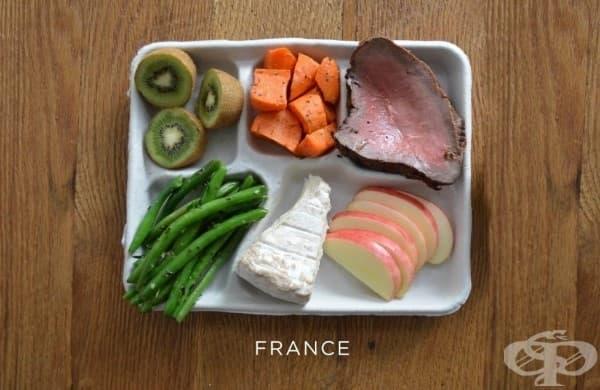 Франция: стек, моркови, зелен боб, сирене, пресни плодове.