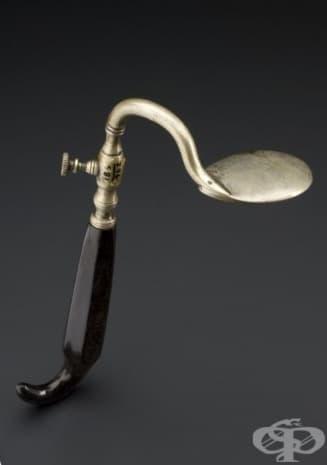 Медицински уред за притискане на езика от 1831г.