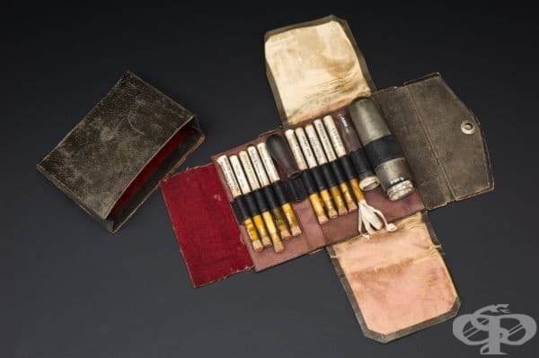 Уреометър с тест-таблетки за изследване на урината от 1886 година