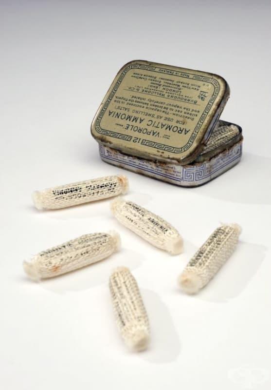 """Ароматни соли """"Vaporole"""" от 1924 година"""