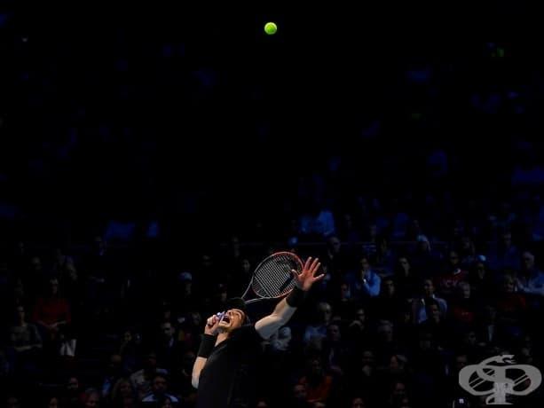 Анди Мъри в действие по време на Тенис Мастърс Къп срещу Новак.