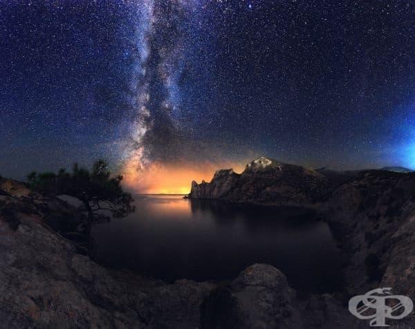 Заливът в курорта Нови Свет, Крим.