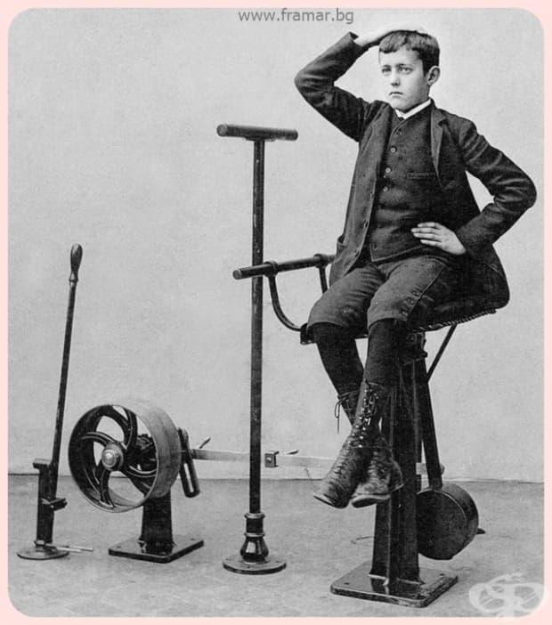 """""""Това момче не стои на бар стол – това е машина за усукване на торса, която укрепва стомаха."""""""