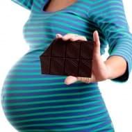 Шоколадът по време на бременност подобрява кръвообращението на майката