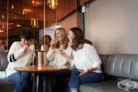 Три жени, едно радиошоу и една диагноза - рак