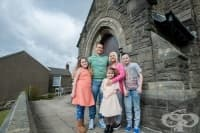 Умиращ мъж резервира църква за погребението си, а след чудо ще се жени в нея