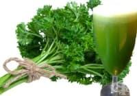 Сок и отвара от магданоз помагат за отслабване