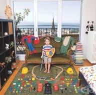 Фотограф създава серия от снимки на деца от цял свят и техните любими играчки. Ето как изглеждате те