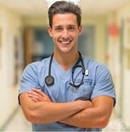20 атрактивни лекари, които ще ви разгорещят