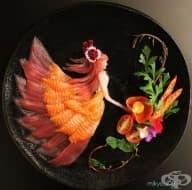 Японец създава произведения на изкуството от сурова риба и други продукти