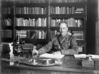Изследвания на Роналд Рос и откриване на маларийния плазмодий през 1883 г.