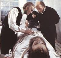 Специализация по хирургия на Николай Пирогов