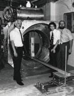 Създаване на първия патентован ядрено-магнитен резонанс